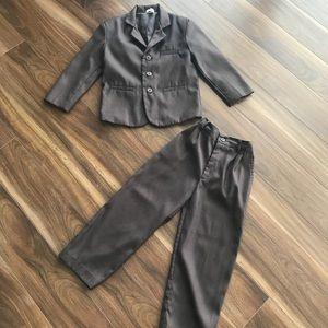 Other - ✨Kids 2 Piece Dress Suite